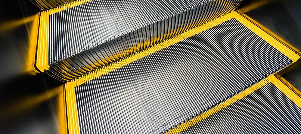 Таможенное оформление лифтов и эскалаторов